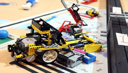 first lego league: studenti costruiscono robot di lego contro le catastrofi nazionali