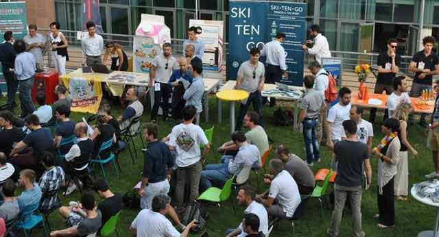 Pitch on the beach: startup per aperitivo