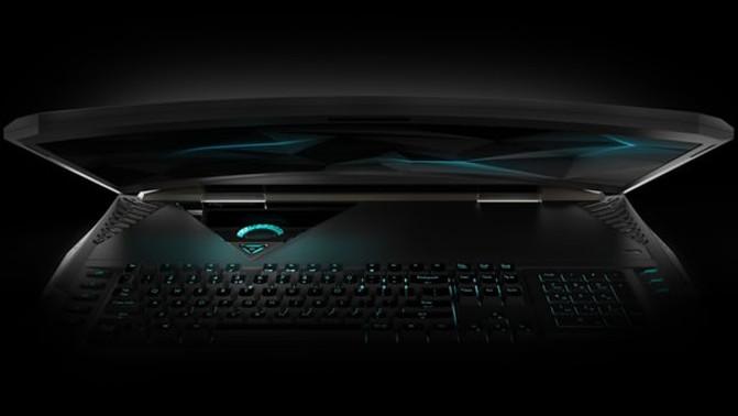 Arriva il primo notebook con schermo curvo per gli appassionati di videogames!