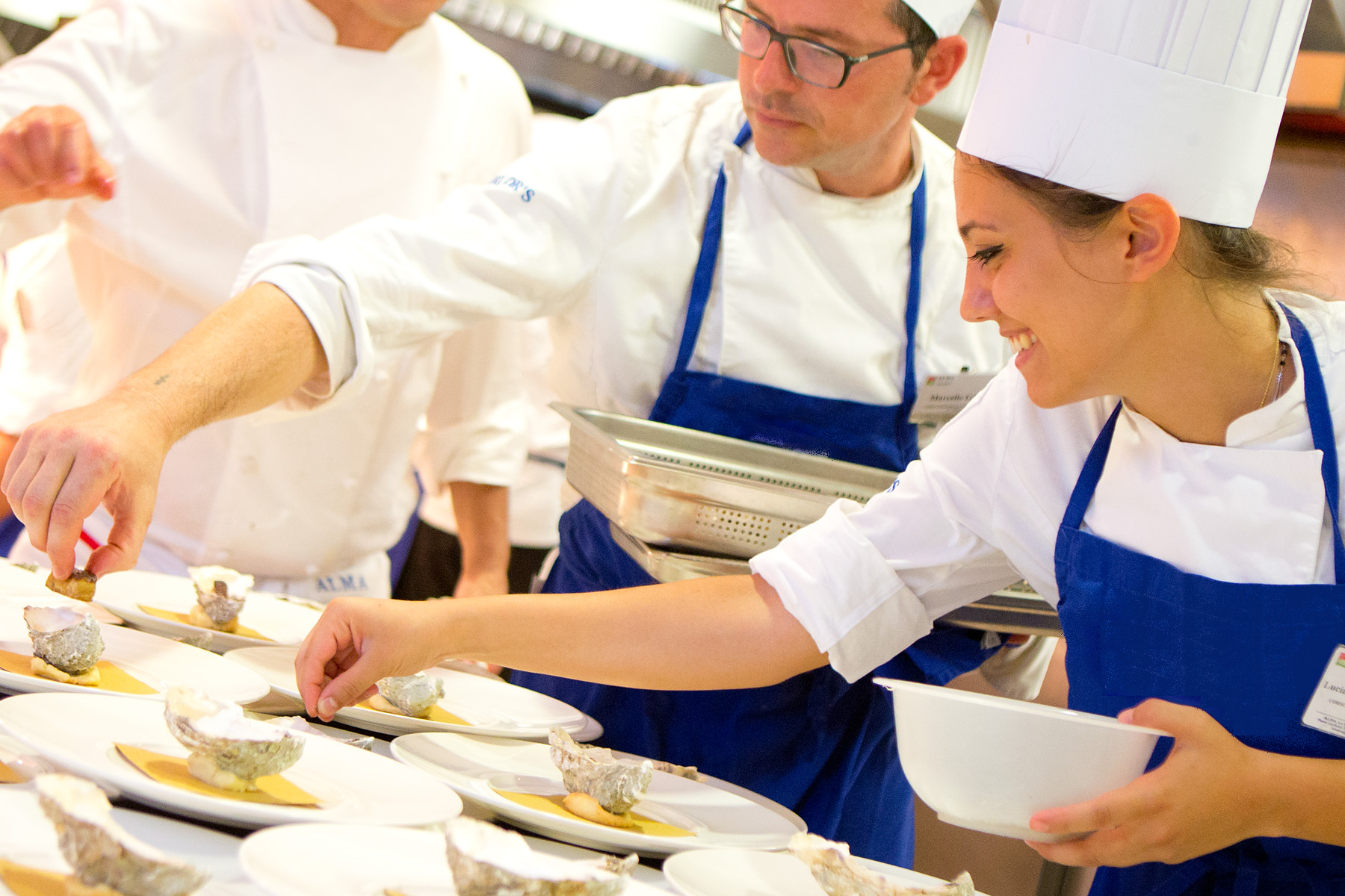 5 professioni per guadagnare senza rinunciare alle tue passioni - Alma scuola cucina ...