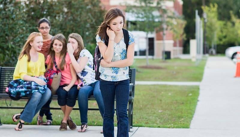 Risultati immagini per bullismo adolescente