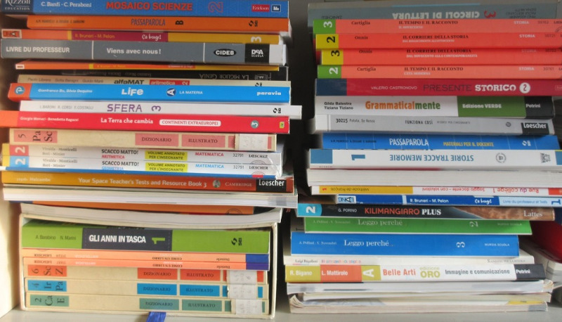 Libri scolastici a5f1f5d3beb