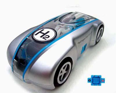 Il futuro che diventa realta': l'auto ad idrogeno