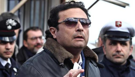 Schettino all'università: il ministro si indigna