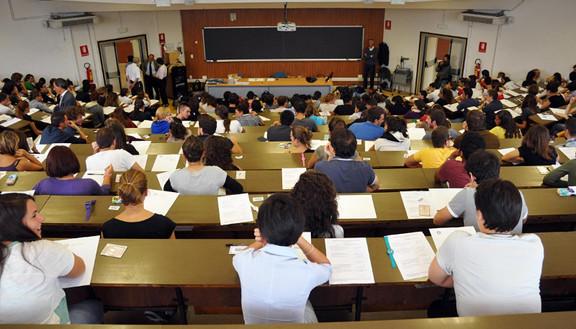 Test ingresso numero di iscritti le possibilit di entrare for Test ingresso economia