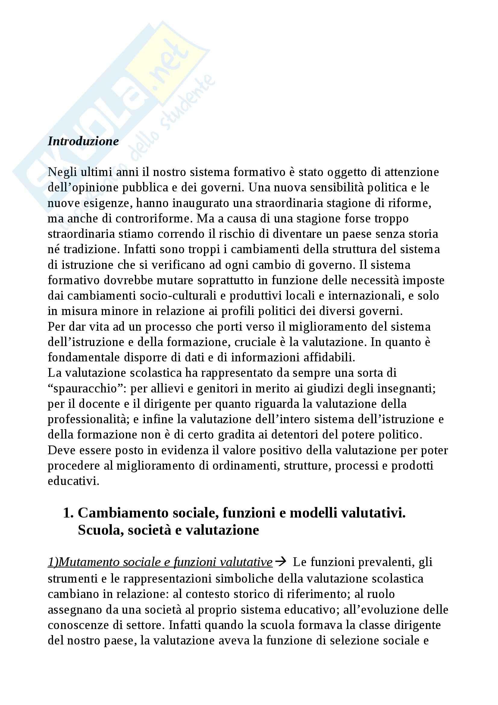 Riassunto esame Didattica Generale, prof. Isidori, libro consigliato Manuale della Valutazione Scolastica, Domenici
