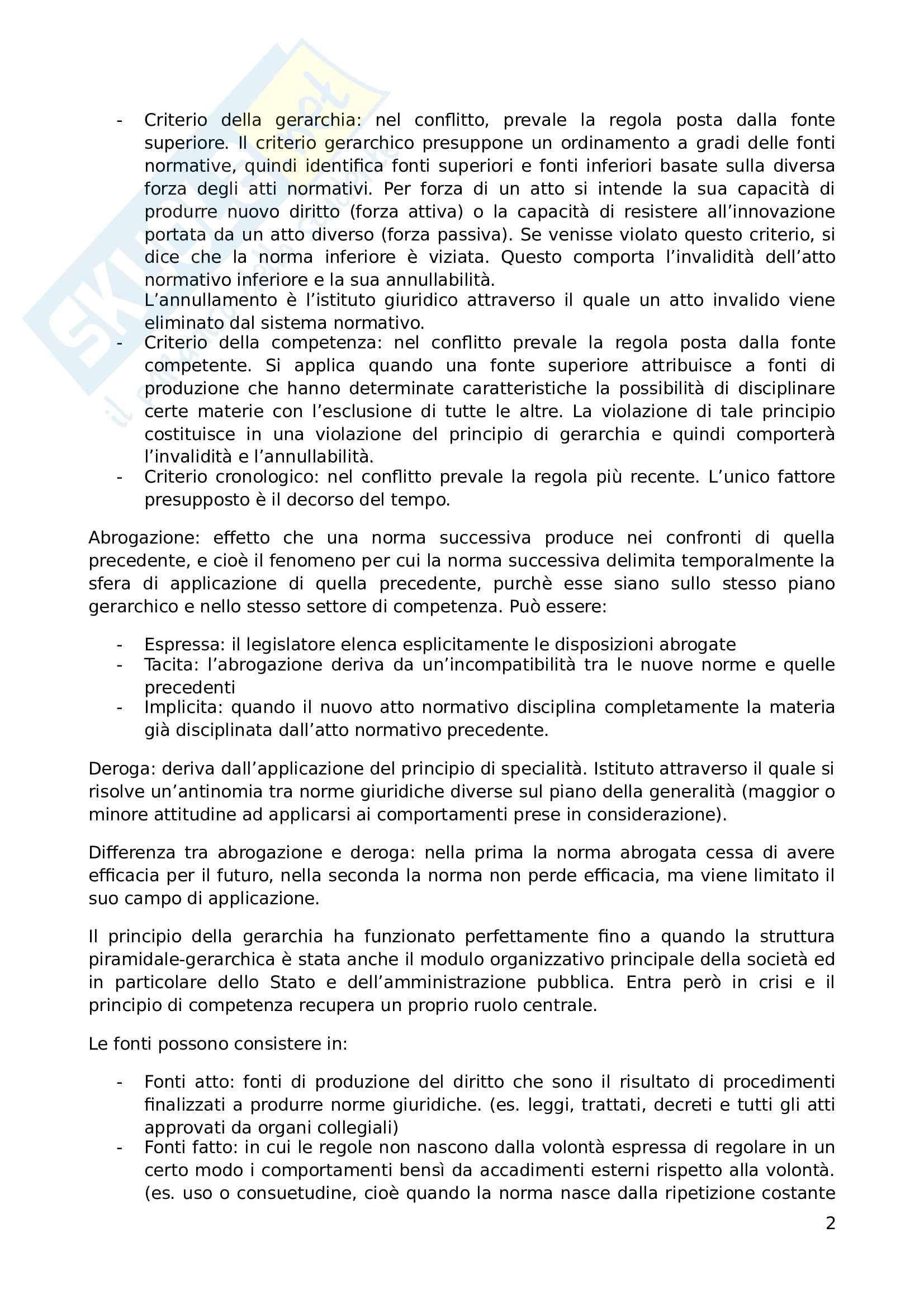 """Riassunto esame, Prof. Andrea Simoncini, libro consigliato """"Introduzione allo studio del diritto pubblico e delle sue fonti"""" Pag. 2"""