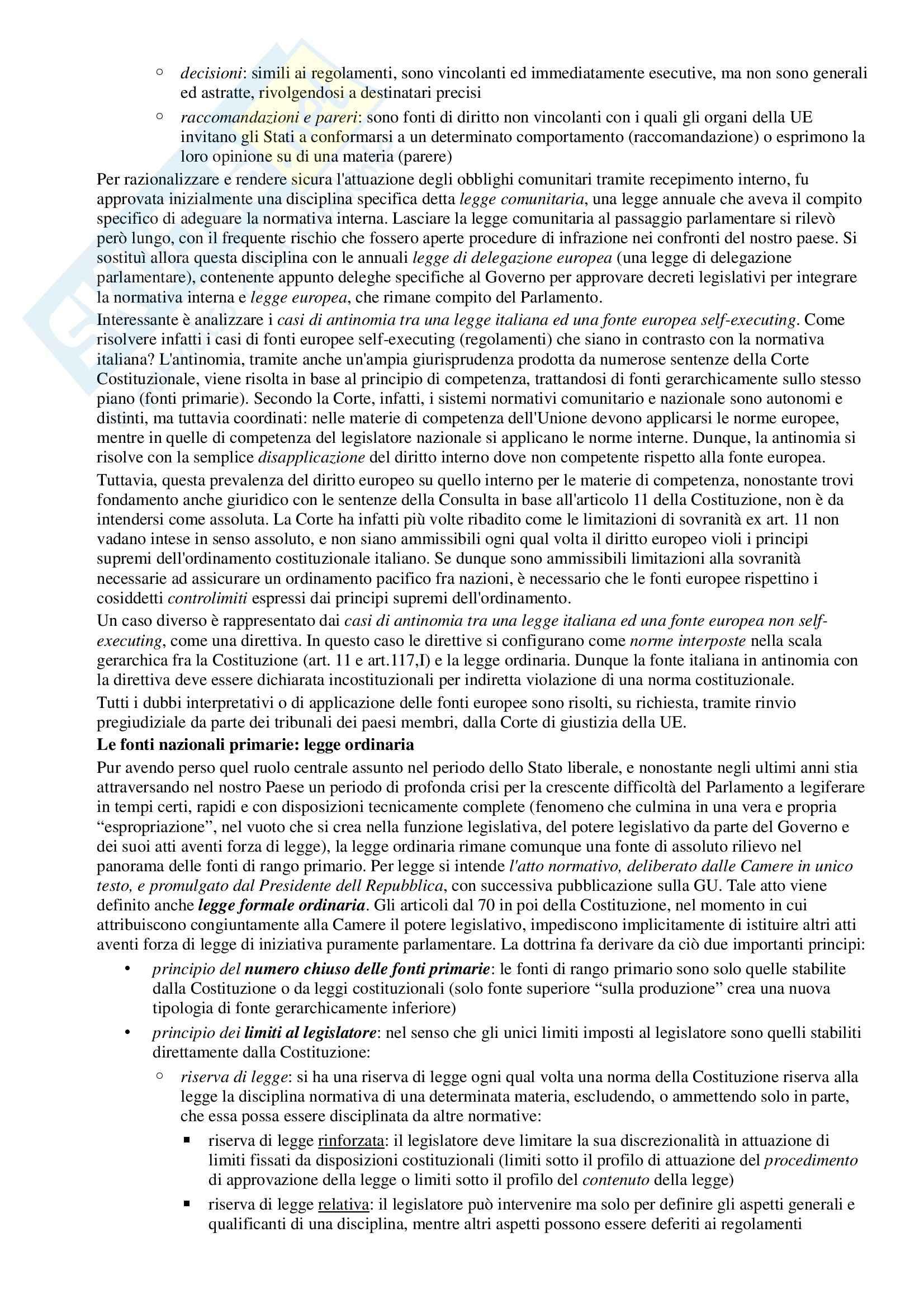 Riassunto esame Diritto Pubblico, prof. Simoncini, libro consigliato Introduzione allo studio del Diritto Pubblico e delle sue fonti, Simoncini, Groppi Pag. 11